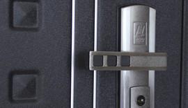 Настоящая металлическая дверь, производство Россия